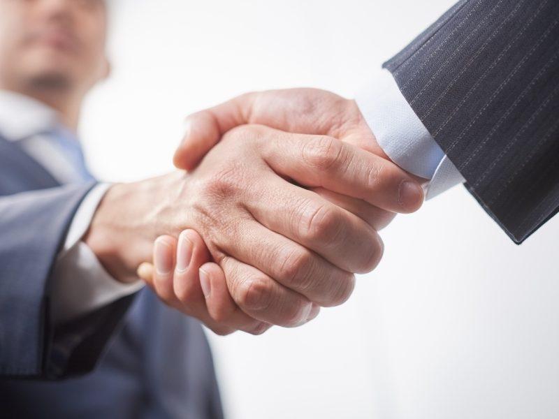 【M&A即効解決FAQ】中小企業のM&Aとは?/事業承継手段としてのM&Aの特徴は?